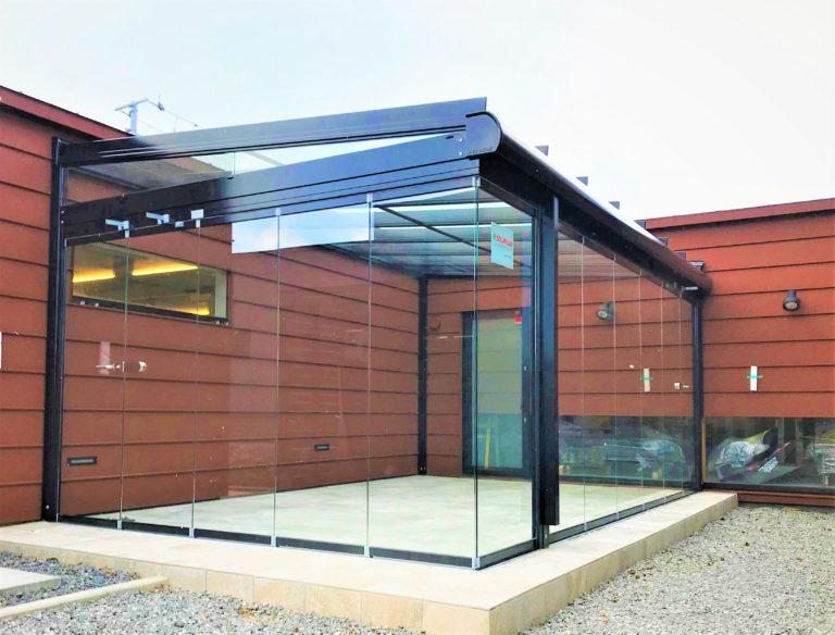 ドイツ製グラスハウスが北海道初上陸のイメージ